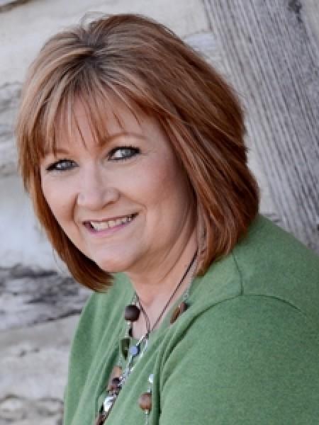 Phyllis O'Neill, Thirty-One Senior Executive Director