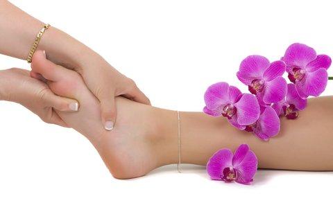 Hot Stone Massage & Reflexology