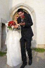 Runaway Bride & Groom