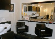 Harlow Salon